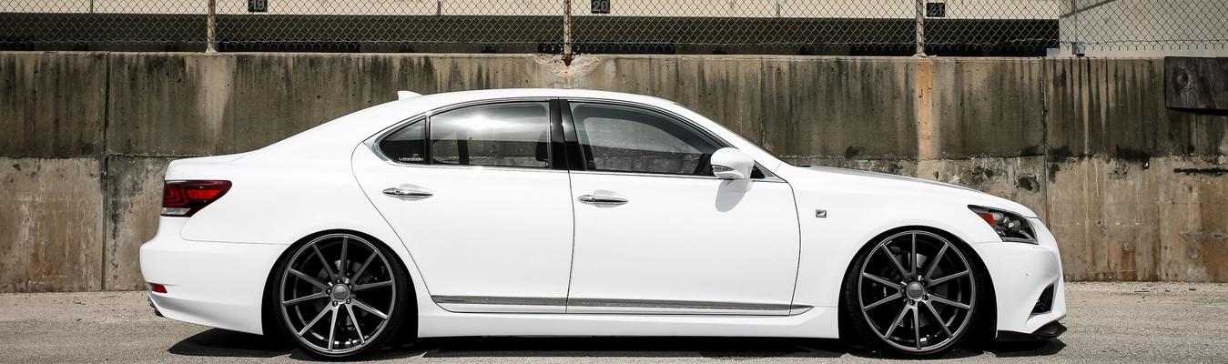 Lexus_LS_VFS1_714_1349x400